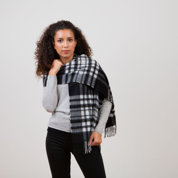 Cashmere Wide Scarf | Exploded Black And White Menzies