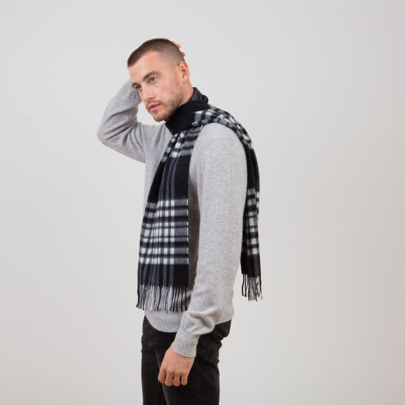 Cashmere Scarf | Exploded Black And White Menzies
