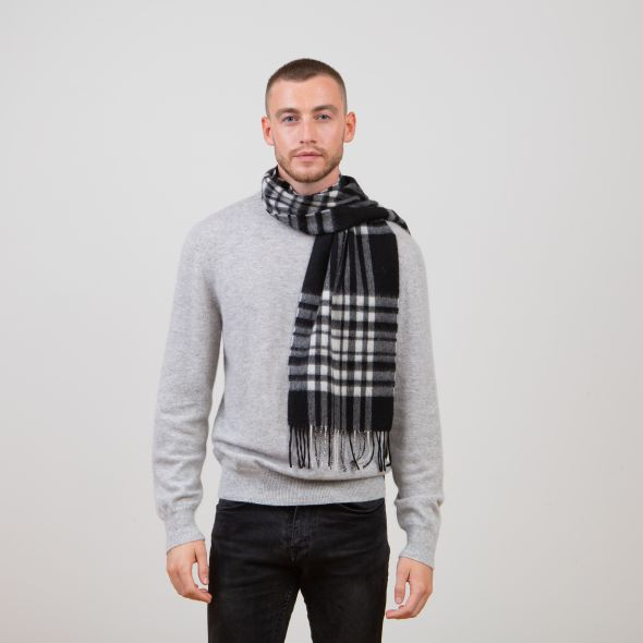 Lambswool Scarf | Exploded Black And White Menzies
