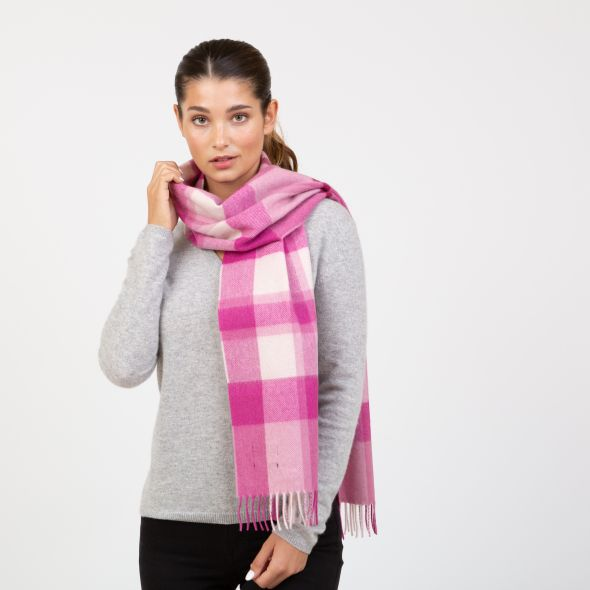 Made In Scotland Wide Cashmere Scarf | Exploded Thompson Pink