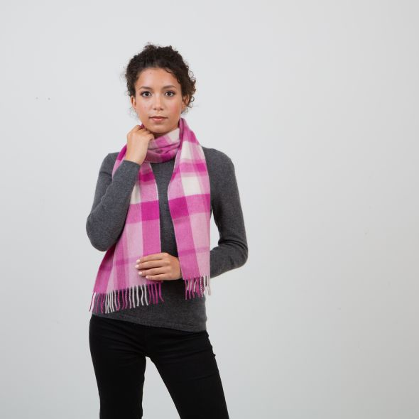 Made In Scotland Cashmere Scarf   Exploded Pale Pink Thompson